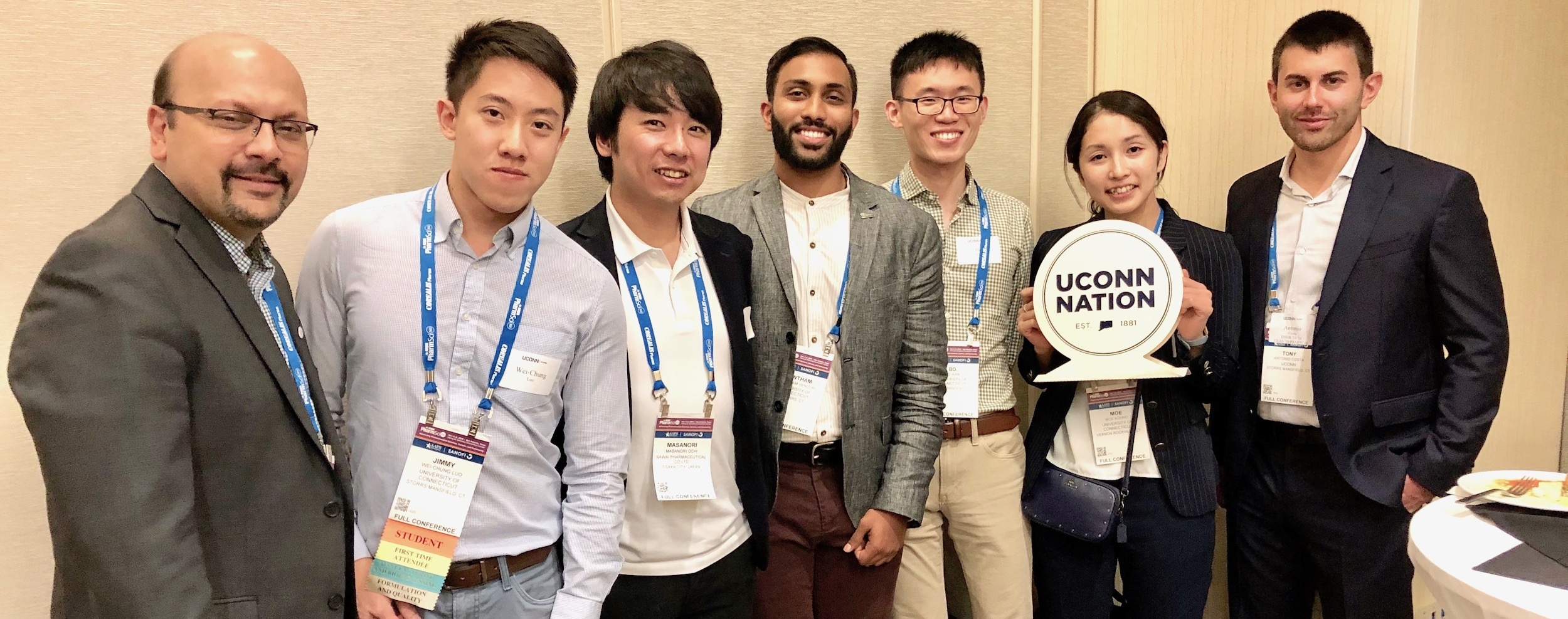 Pharmaceutical Sciences graduate students at AAPS 2019 conference