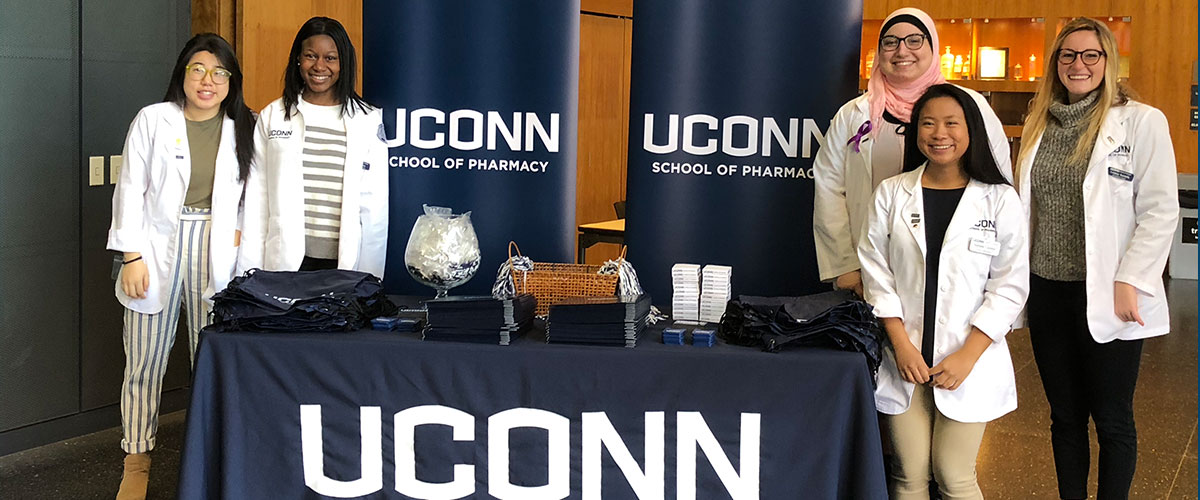 Open House at UConn School of Pharmacy -student ambassadors are ready for visitors